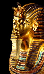 tutankhamun-death-mask-pharaonic-egypt